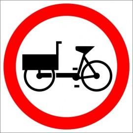B-11 Zakaz wjazdu rowerów wielośladowych.
