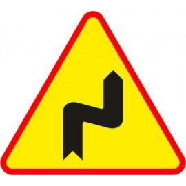 Naklejka znak ostrzegawczy A-3 Niebezpieczne zakręty, pierwszy w prawo