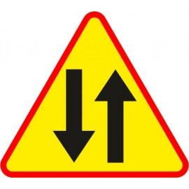 Naklejka znak ostrzegawczy A-20 Odcinek jezdni o ruchu dwukierunkowym