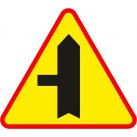 Naklejka znak ostrzegawczy A-6c Skrzyżowanie z drogą podporządkowaną występującą po lewej stronie
