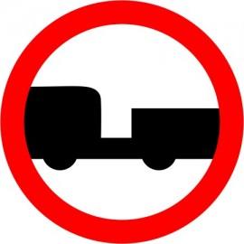 Naklejka znak zakazu  B-7 zakaz wjazdu pojazdów silnikowych z przyczepą