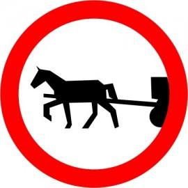 Naklejka znak zakazu B-8 zakaz wjazdu pojazdów zaprzęgowych