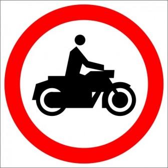 B-4 Zakaz wjazdu motocykli